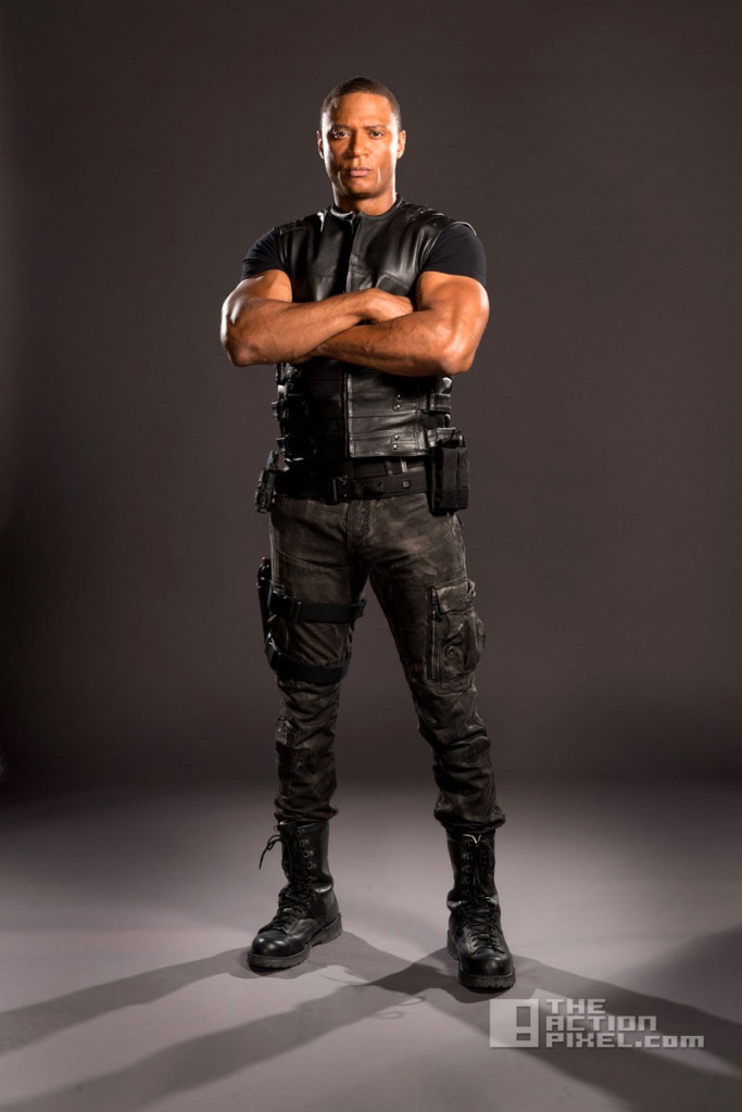 diggle Costume. arrow. cw. dc comics. the action pixel. @theactionpixel