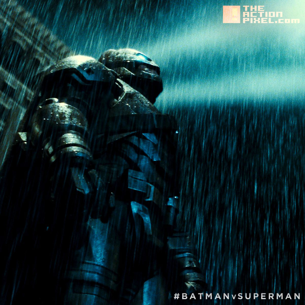 batman armour suit. the action pixel. @theactionpixel. warner bros. pictures. dc comics.