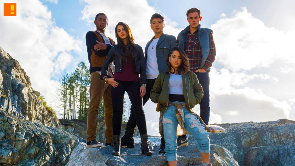 Becky G ,Trini, yellow ranger, rj cyler, billy, blue ranger, naomi scott, kimberly, pink ranger, ludi lin, zack, black ranger, dacre montgomery, jason, red ranger, elizabeth banks, rita repulsa, power rangers, the action pixel, saban, it's morphin' time,